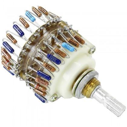 Step potentiometer Vishay Dale 23 positions Ø6mm Serrated Axis Stereo 50K