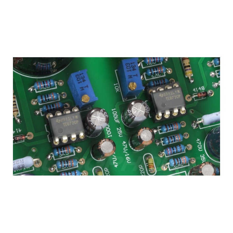 Subwoofer Controller Uses A Single Ic Tl072 Include Pcb T Circuit Boards Crossover Ahmedyerli Of And Rockville 1500w Mono Amplifier For 2 Rockford Fosgate P2d4 15 Subwoofers