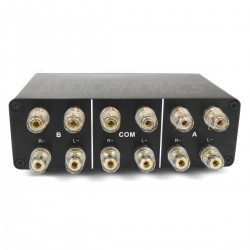 2 Audio Selector 2 IN 1 OUT / 1 IN 2 OUT for speaker / amplifier Black