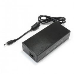 AC/DC Switching Adaptor 100-240V AC to 12V 10A DC