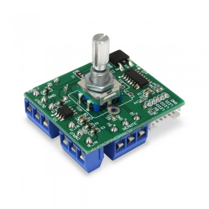 Volume control module with potentiometer, display and remote control