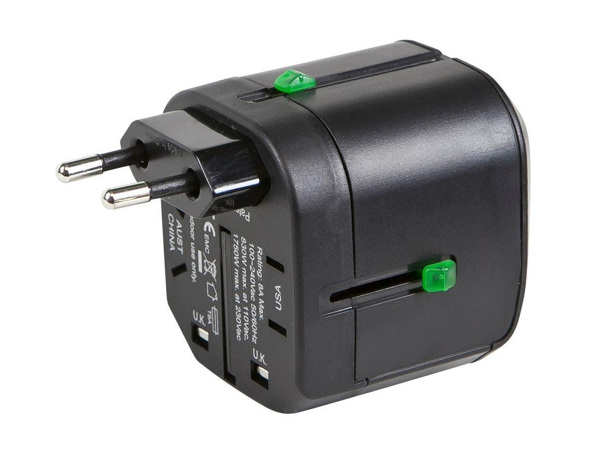 Universal adapter US / EU / UK / AS/NZS 3112