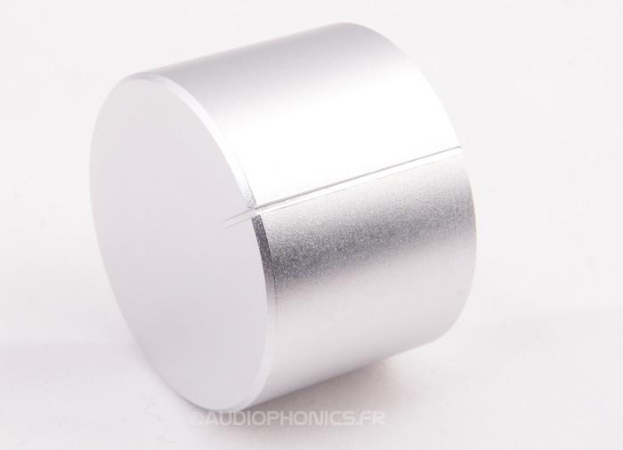 https://www.audiophonics.fr/images2/2281/2281_bouton_alu_40_silver_2.jpg