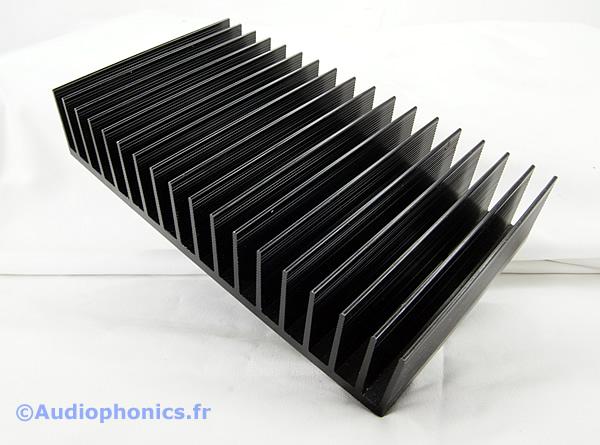 https://www.audiophonics.fr/images2/4156_RADIATEUR_PASSIF_ALU_1.jpg