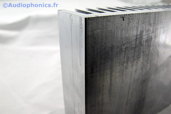 https://www.audiophonics.fr/images2/4907_RADIATEUR_FORTE-PUISSANCE_2.jpg