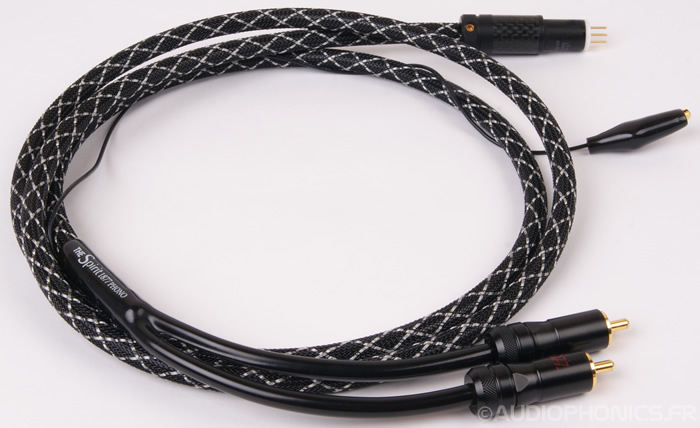 https://www.audiophonics.fr/images2/8230/8230_1877phono_cable_spirit_carbon_st_3.jpg