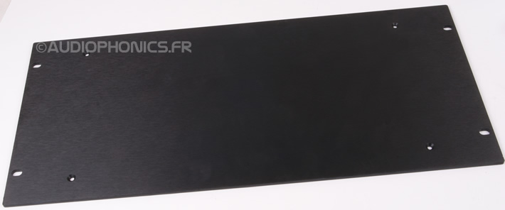 https://www.audiophonics.fr/images2/8328/8328_slimline_4mm_5U_noir.jpg