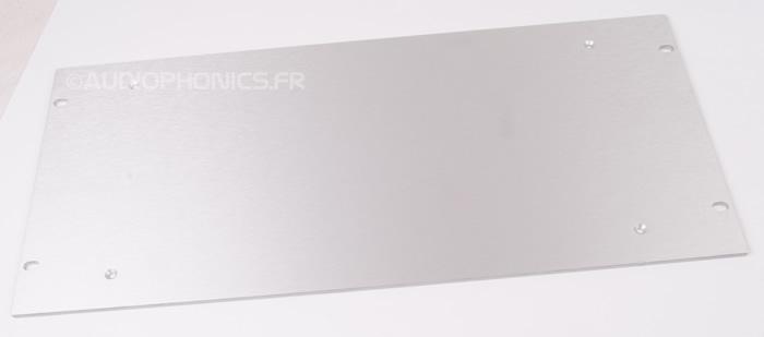 https://www.audiophonics.fr/images2/8328/8328_slimline_4mm_5U_silver.jpg