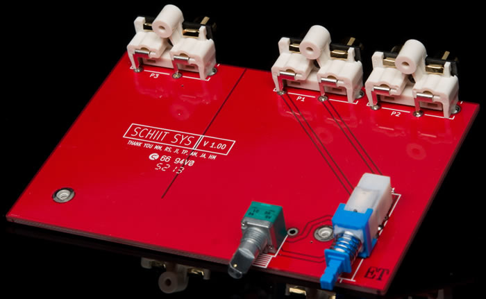 https://www.audiophonics.fr/images2/8889/8889_schiit_SYS_preamp_2.jpg