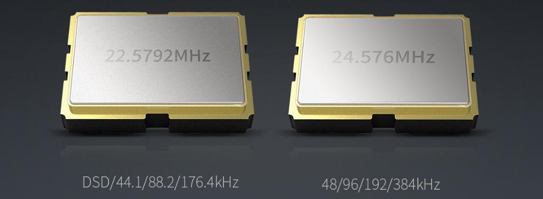 deux oscillateurs à cristaux séparés