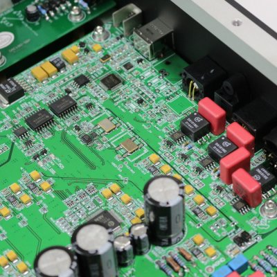 XMOS chip U208 DAC 100 ERATO
