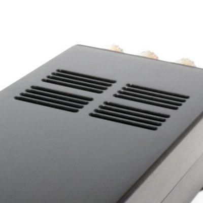 housing amplifier