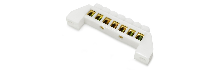 Domino isolé 7 ports Ø6.5mm