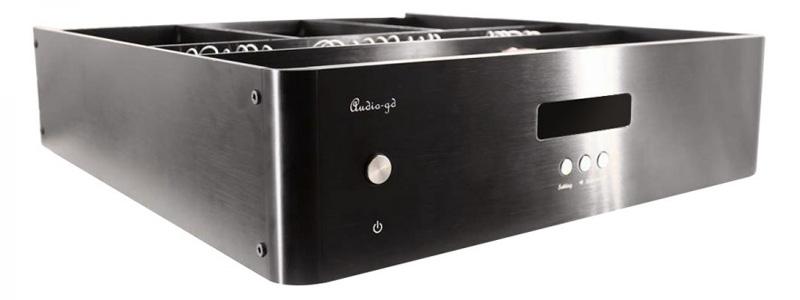 Audio-GD HE-7 MK2 DAC Symétrique R2R ACSS 8xPCM1704 32bit 384kHz FPGA Amanero Accusilicon